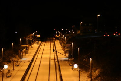 Canon EOS 20D and Canon EF 50mm: A snowy train station
