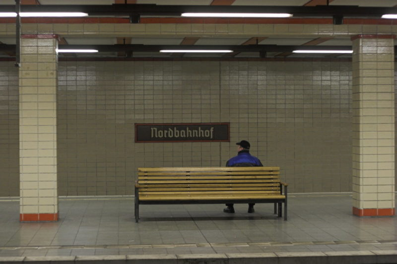 Canon EOS 20D and Canon EF 50mm: Man waiting for train